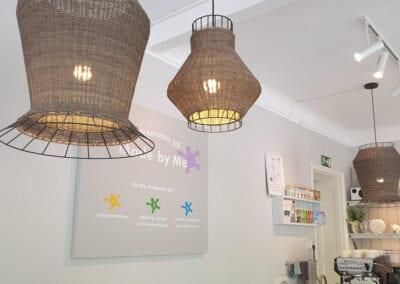 Studio med keramikmålning & café i Slottsstaden